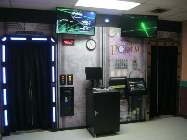 Lazer Maze Challenge® Is Added at Jonesville, Mich., Bowling Center