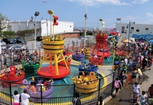 The newest water ride at Luna Park in Coney Island in Brooklyn, N.Y, is this Watermania attraction from Zamperla. Reminiscent of the classic tea cups ride, each passenger is seated in front of a water blaster.