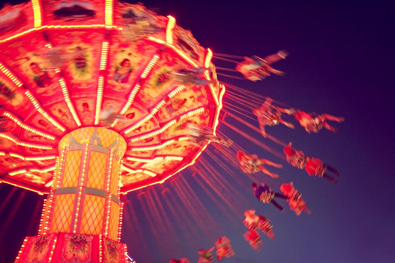 The Fun Is at The Fair – Traveling Entertainment Trends – Fair and Carnival Rides and Games