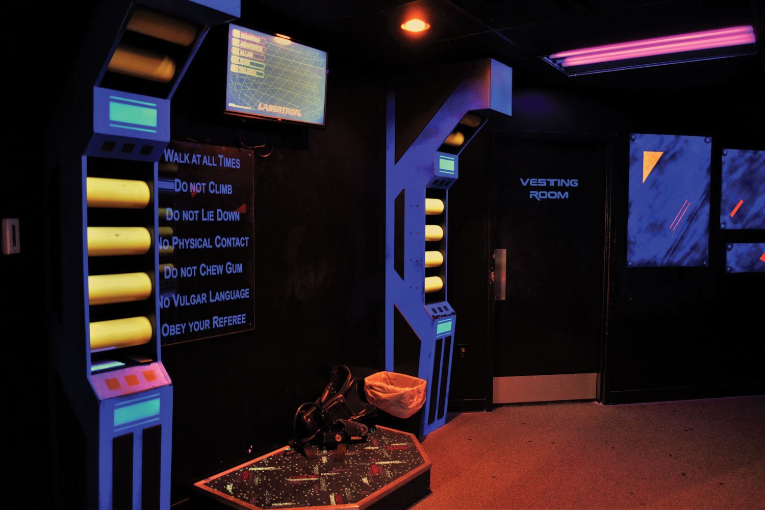 A Briefing Room At Laser Flash Among The Attraction S Guests Are Business Employees Attending For Structured Team Building Programs