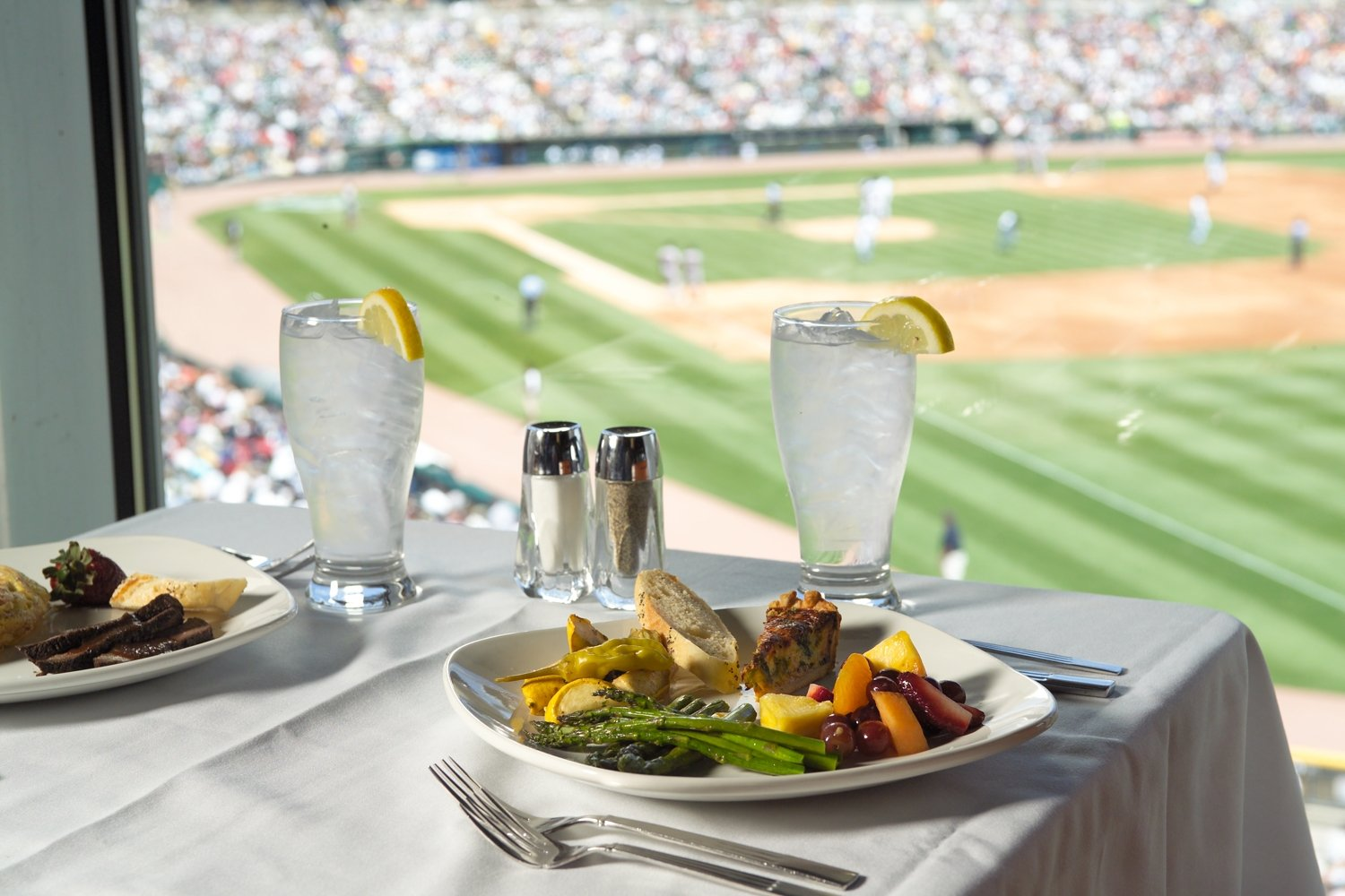 Stadium and Arena Food <br/>Chefs Swing for the Fences with Unique Eats and Fan Favorites