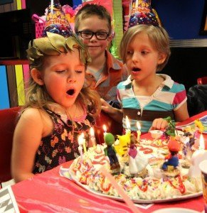 A birthday party shot from America's Incredible Pizza. The entire concept is now being franchised as a family entertainment center.